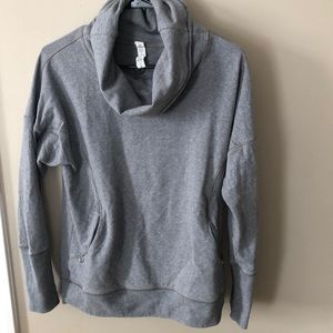 Lululemon scoop neck sweatshirt gently worn